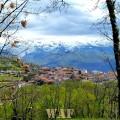 Valdelacasa, al fondo la Sierra de Bejar