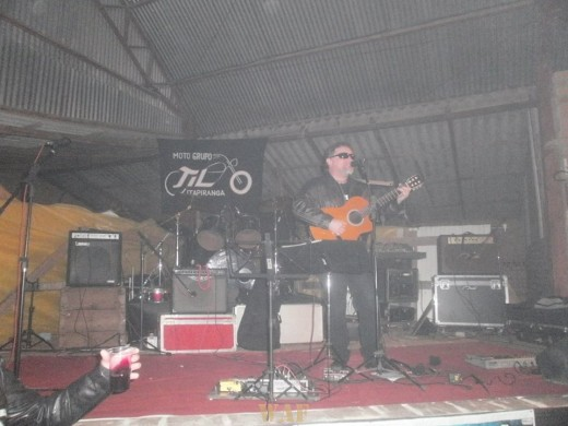 DANIEL KOBRA - EN VIVO - 3 CONFRATERNIZAÇÃO DE MOTOCICLISTAS EM ITAPIRANGA, SC - BRASIL