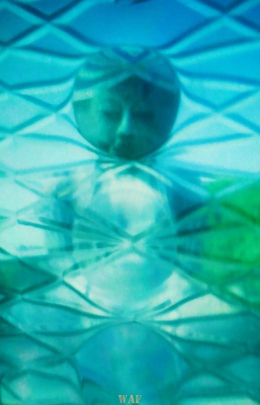 La luz azul del Buda