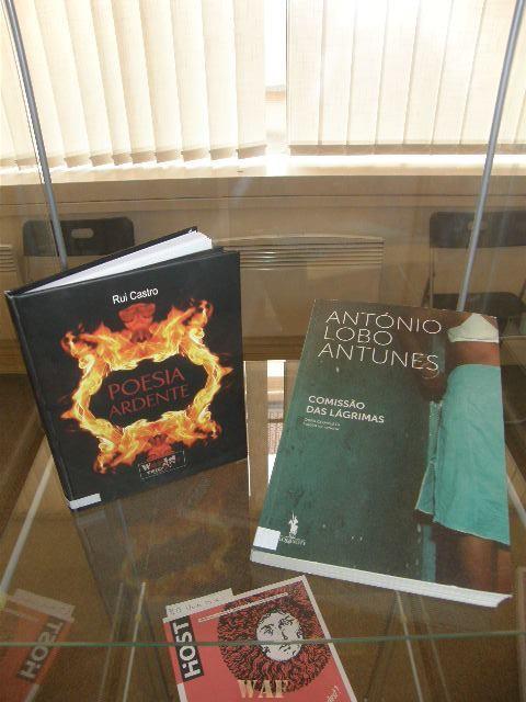 Poesia Ardente no Centro de Lingua Portuguesa, Instituto Camões, em Praga, na Republica Checa!